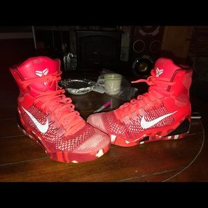 Kobe 9s Christmas limited edition